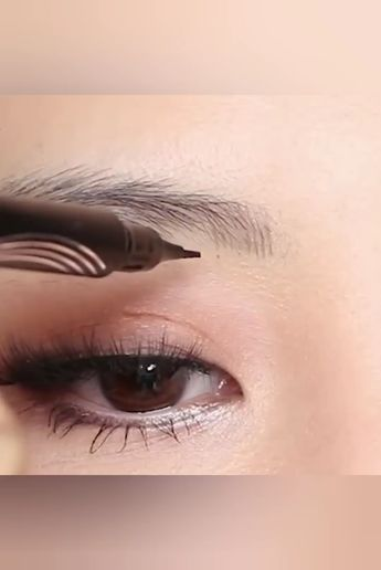 The unique 4-tip applicator allows you to create a more hair-like, natural brow appearance. Obtain beautifully polished eyebrows using the selection of shades to find one that matches your hair color.  Currently 50% OFF with FREE Shipping!