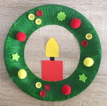 Paper plate Christmas wreath!