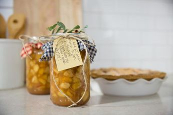Canning 101: Spiced Apple Pie Filling Recipe