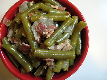 Green Beans Slow Cooked with Bacon and Onions