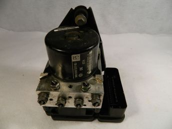2009 Ford Escape Mariner Hybrid ABS Brake Pump with Control