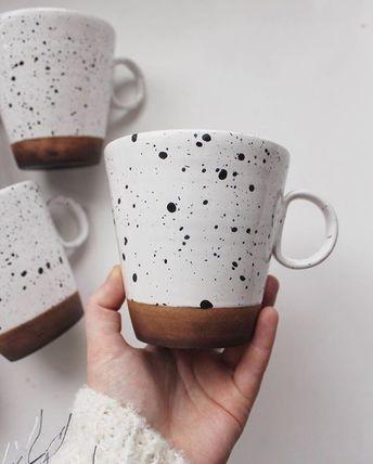 Pottery mug made by @ptitsamiok