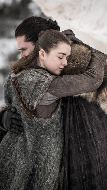 Jon Snow & Arya Stark In Game of Thrones S8