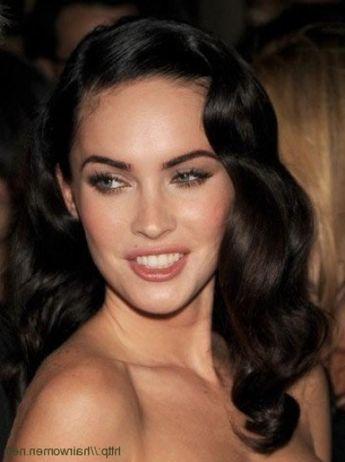 love this Hollywood glam, vintage side-swept locks look on Megan Fox