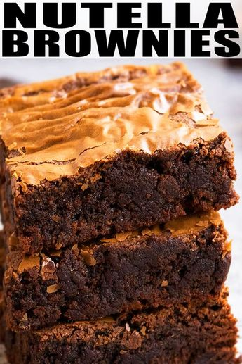 NUTELLA BROWNIES RECIPE from scratch- Quick, easy, made with 3 simple ingredients in one bowl and 30 minutes. They are super fudgy, soft and chewy. From CakeWhiz.com #nutella #brownie #dessert #recipe #chocolate #baking #dessertrecipes #brownies #sweet #3ingredients