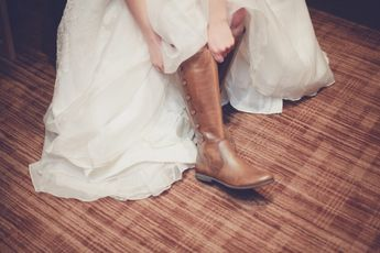 Autumn bridal shoes