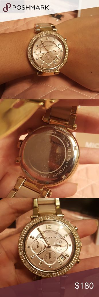 666a3c1eed0c5 Michael Kors watch in perfect conditions Rose Gold watch in perfect  conditions. I use it