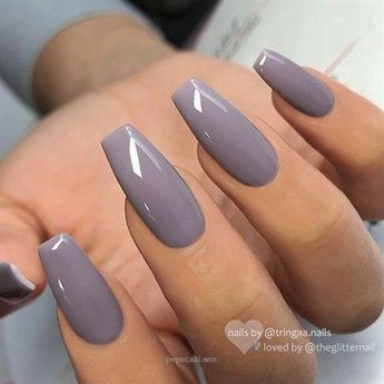 ✨ REPOST *Werbung (unbezahlt)/advertising (unpaid) – – • – – Lilac-Grey on long Coffin Nails✨👌 – – • – – 💅 Nail Design by Tringa Jemini.nails 💖…… #AcrylicNails