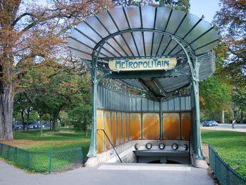 """Marin2705 on Instagram: """"Le plus bel édicule Guimard de Paris, Porte Dauphine . . #paris #portedauphine #metro #metroparis #ratp @ratp #metropolitain #france…"""""""