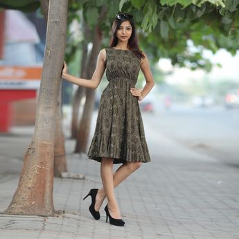 more detail Whats-app / Call me (+91) 7359393124 Re-seller Are Most Welcome...  For Daily New Update (Ping My Whatsapp) link  #Andhrapradesh #telangana #Karanataka #Delhi #Kerala #tamilnadu #Hyderabad #Saree #Kurti #Gown #Reseller #SalwarSuit #Vivah #LEhengascholi #Designer #Wholesaler #India #Women #online #Punjabi #dresses #Mumbai #Party #Shopping #Latest #Bollywood #