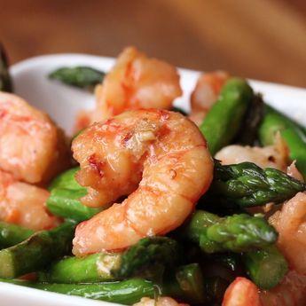 Shrimp And Asparagus Stir Fry (Under 300 Calories)