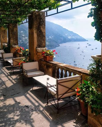 "🇮🇹 Italian Flavors & Places 🇮🇹 on Instagram: ""Positano😊 (📷: @maliyenko3217 ) #italianlandscapes . . . #italia #italy #positano #amalficoast #travel #travelgram #igers #igersitalia…"""