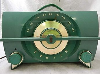 Vintage Green Zenith Radio Model # J615F