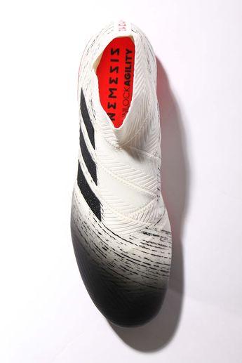 bc225934bf1 Botas de fútbol con tacos adidas Nemeziz Initiator Pack. #adidas #cleats  #initiatorpack