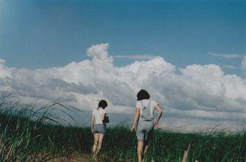 Картинка с тегом «girl, sky, and indie»