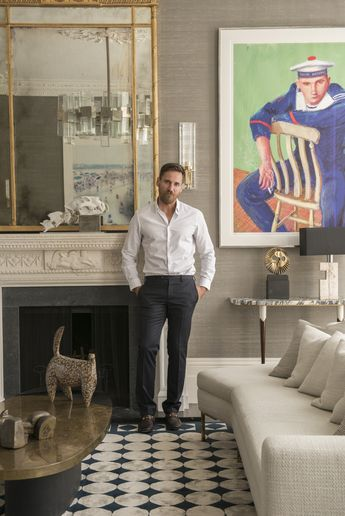 Peter Mikic is a London based interior designer, originally from Australia who studied fashion at RMIT in Melbourne before moving to London in 1990.