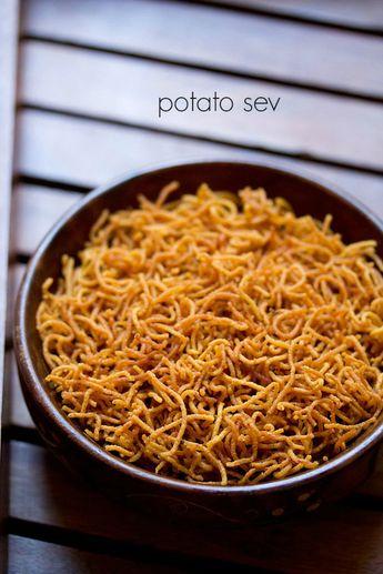 potato sev recipe - fried crisp vermicelli made from potatoes and gram flour (besan) #diwali2015 #snack.
