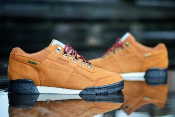 8344ae30cebbb4 Reebok Classics Introduces the Workout Mid Peanut Butter Ic