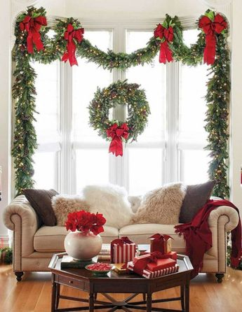 Best 10 Christmas Living Room Decorating Ideas For Your Home