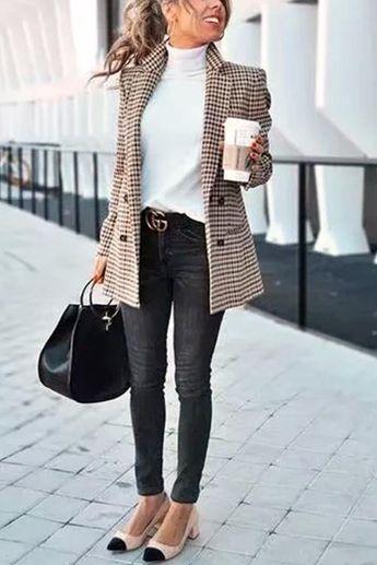Chic Khaki Suit Coat