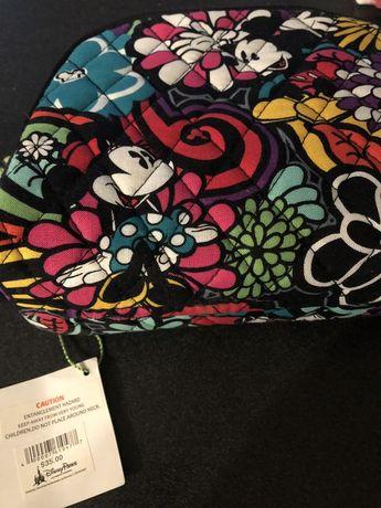 Price reduced* New Vera Bradley Disney Makeup Bag for Sale in Spring Hill, FL