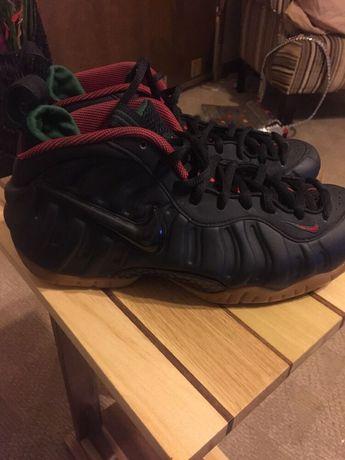 reputable site b957f 6e616 Size 8.5  . Nike Foamposite