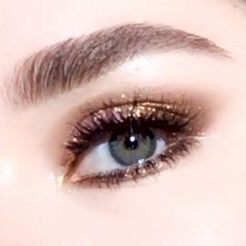Gorgeous autumn glittering bronze eye makeup tutorial.