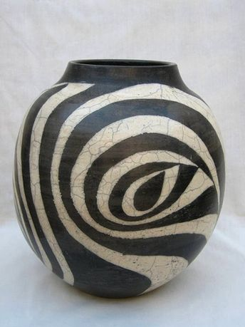 Terry Hagiwara abstract vase
