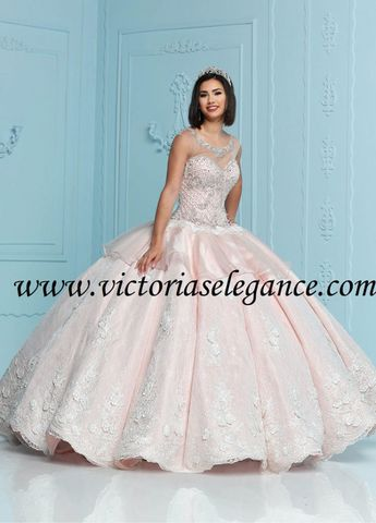 86a18e2501e Quince Royale Couture Lace Ball Gown 41294