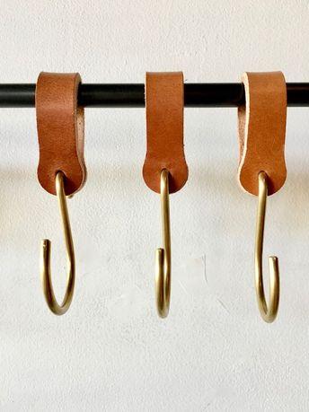Ludlow Leather Hooks / Set 6