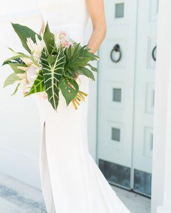 20 Tropical Leaf Wedding Bouquets