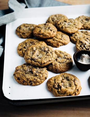 Toasted Rye Chocolate Chip Cookies