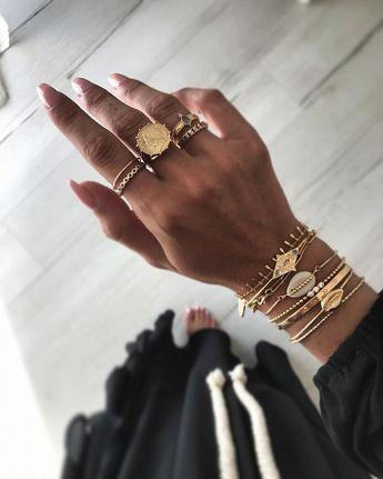 Bague pièce. J e w e l s. -10% sur les bagues avec le code hellorings ♡ #photooftheday #love #bijoux #bijou #jewelry #bracelets #boheme #bagues #bijoux #bague #ootd #details #thamaka