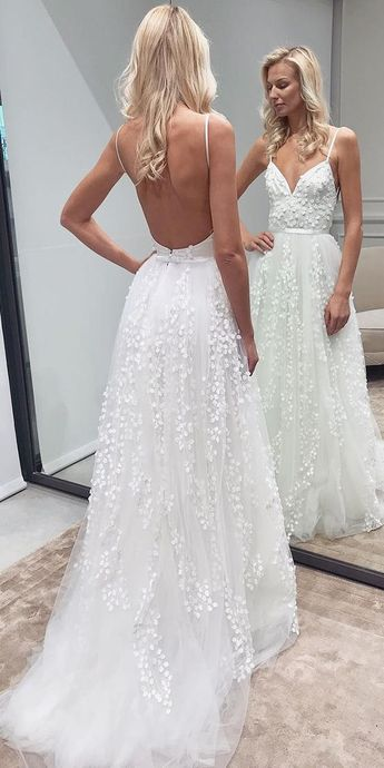 Romantic A-Line Sweetheart Spaghetti Straps Backless White Lace Wedding Dresses,Beach Wedding Gown