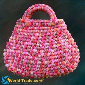 Rengarenk bir çanta