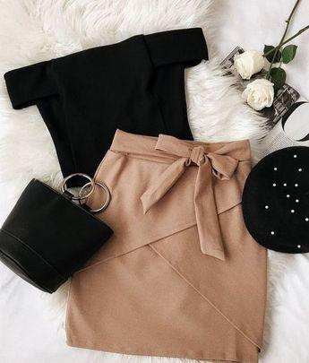 Tendances/Mode hiver 2018-2019  Marre de chercher des idées de tenues ? Voici des idées de look tendances pour vos tenues du quotidien ! #look #hiver #casual #tendance #femme #shopping #online #mode #lifestyle #tenues