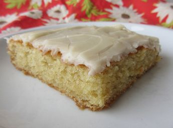 White Texas Sheet Cake by nikimaki, via Flickr For those non-chocolate people out there. Substituted buttermilk for the sour cream.  Yummy!