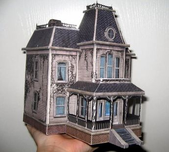 This perfect paper model version of the Bates House  was assembled by  Spanish modeler Davinia Fernández, aka ValhallaAsgard,  and she k...