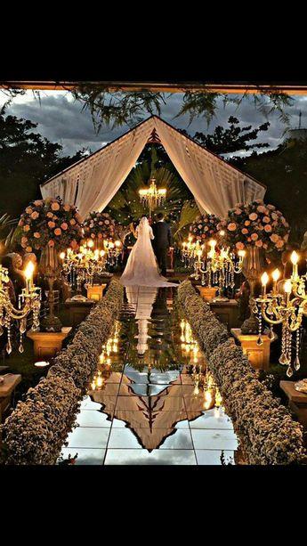 Maravillosa #boda donde todo respira glamour, desde el vestido de #novia, la #decoracion, boda de ensueño! Wonderful #wedding where everything breathes glamour, the #weddingdress, the #decoration, dream wedding! #eventolove #disfrutatumomento #destinationwedding www.evento.love