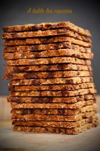Biscuits aux céréales - chocolat - noisettes. - A table les copains