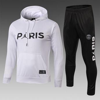 979ca8b939 Conheça o novo agasalho de treino do Paris Saind Germand inovador!