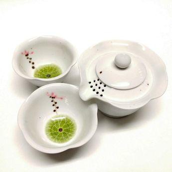 Convenient tea set - lotus