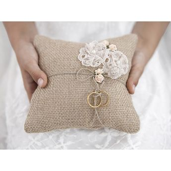 Hessian Ring Bearer Pillow
