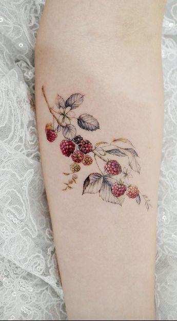 Conceptions simples de tatouage pour porter votre fleur préférée sur votre peau. Êtes-vous looki ... - #Conceptions #de #Êtesvous #fleur #looki #peau #porter #pour #préférée #simples #sur #tatouage #votre