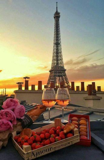 Paris: Eiffel Tower Summit or Second Floor Priority Access