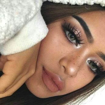 These Are The 10 Supreme Beauty Trends in 2019