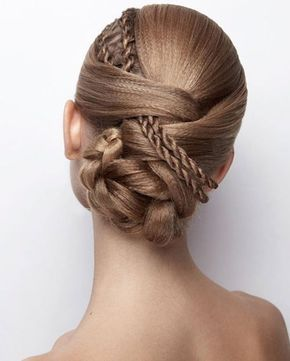 52 Spring/Summer Wedding Hairstyle Inspirations