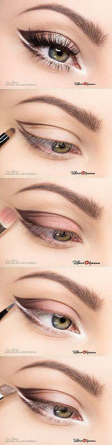 Idée Maquillage 2018 / 2019  : Makeup Ideas: Paso maquillaje para los ojos de luz | thePO.ST