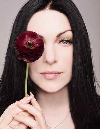 Awesome Laura Prepon Natural Hair Color