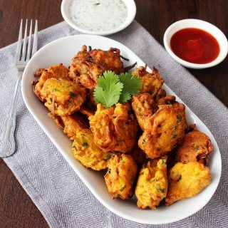 These crispy, golden potato and onion bites are a classic Indian finger food. Pakoras use simple ingredients to serve as a delicious snack or appetizer.